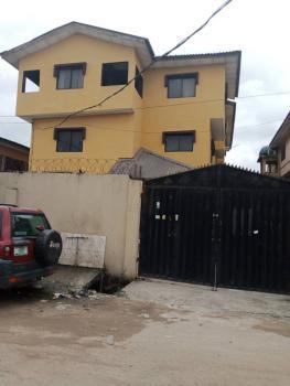 Renovated 3 Bedroom Flat, Akoka, Yaba, Lagos, Flat / Apartment for Rent