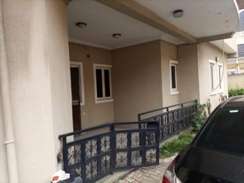 Relatively New 3 Bedrooms Flat, Lekki Phase 1, Lekki, Lagos, Flat / Apartment for Rent