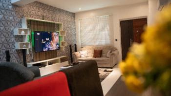 Beautifully Furnished 2- Bedroom Service Apartment, Richmond Gate Estate 3. Off Nike Arts Gallery Road, Ikate Elegushi, Lekki, Lagos, Flat / Apartment Short Let