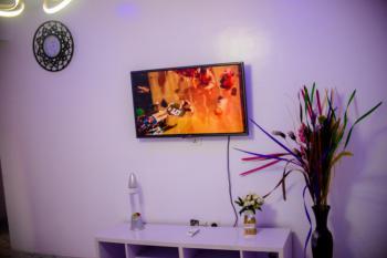 One Bedroom Flat, Off Ikorodu Road., Yaba, Lagos, Flat / Apartment for Rent