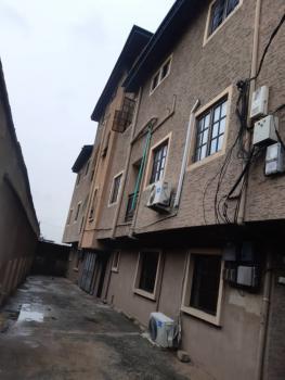 3 Bedroom Flat, Off Shipeolu, Onipanu, Shomolu, Lagos, Flat / Apartment for Rent