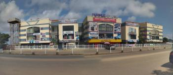 Well-maintained Shopping Mall, Apo, Abuja, Plaza / Complex / Mall for Sale