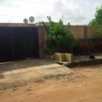 6 Bedroom Bungalow, Igando, Ikotun, Lagos, 6 bedroom, 6 toilets, 6 baths Detached Bungalow for Sale