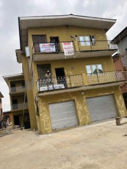 Luxury 3 Bedroom Upstairs  Flat, No 206 Ikorodu Road. Palm Groove Bus Stop, Ikorodu, Lagos, Flat / Apartment for Rent