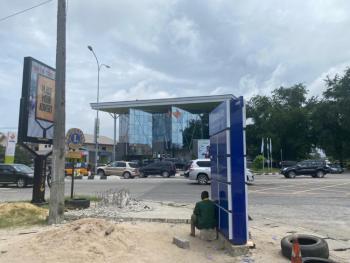2500sqm Waterfront Land, Facing The Admiralty Road, Lekki Phase 1, Lekki, Lagos, Land for Sale