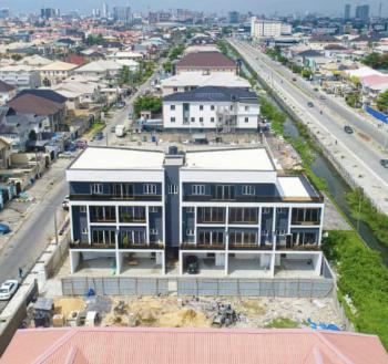 Newly Built 3 Bedroom Flat with Elevator and Bq, Lekki Phase 1, Lekki, Lagos, Flat / Apartment for Sale
