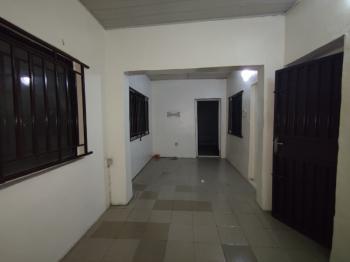 Well Maintained Miniflat Bq, Lekki Phase 1, Lekki, Lagos, Mini Flat for Rent