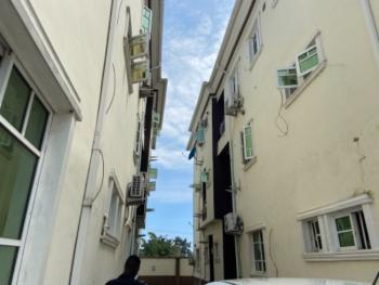 Beautiful 3 Bedroom Flat, Lekki Scheme 2, Lekki Phase 2, Lekki, Lagos, Flat / Apartment for Rent