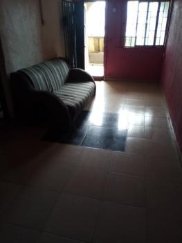Mini Flat Off Lawanson Road Surulere, Off Lawanson Road By Cole Bus Stop, Lawanson, Surulere, Lagos, Mini Flat for Rent