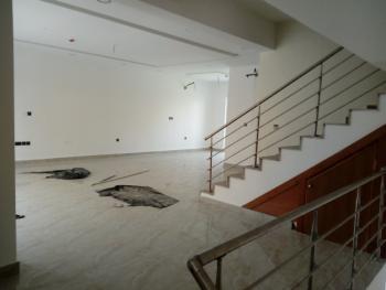 Luxury 4 Bedroom Terrace, Lekki Phase 1, Lekki, Lagos, Flat / Apartment for Sale