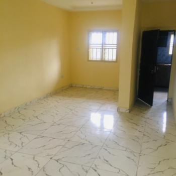 Clean 2 Bedroom Apartment, Fo1, Fo1 Layout, Kubwa, Abuja, Flat / Apartment for Rent