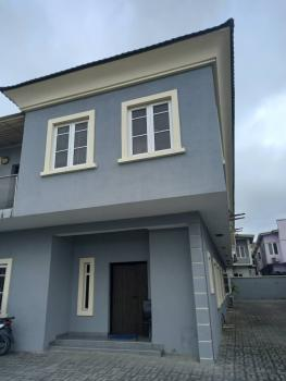 Spacious Well Maintained 4 Bedroom with Bq, Lekki Right, Lekki, Lagos, Flat / Apartment for Rent