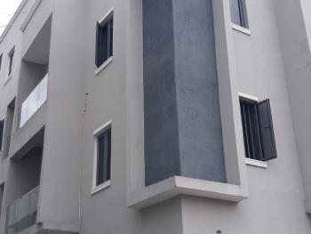Serviced 3 Bedroom En-suite Flat with a Bq, Lekki Phase 1, Lekki, Lagos, Flat / Apartment for Rent