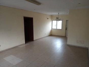 Serviced 3 Bedroom Upper Floor Flat, Prime Water View Estate 1, Lekki Phase 1, Lekki, Lagos, Flat / Apartment for Rent