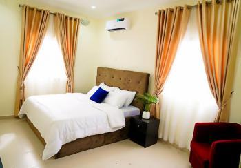 Fantastic Deal 3 Bedroom Luxury Apartment, 3 Olasumbo Taiwo Street, Bakare Estate, Agungi Road., Osapa, Lekki, Lagos, Flat / Apartment Short Let