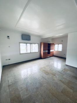 Neat and Spacious Service 3bed Flat, Osapa, Lekki, Lagos, Flat / Apartment for Rent