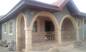 4 Bedrooms Bungalow, Ofada, Obafemi Owode, Ogun, House for Sale