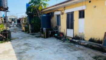 Self Service 2 Bedrooms Flat, Resettlement Scheme Estate, Oniru, Victoria Island (vi), Lagos, Flat / Apartment for Rent