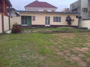 3 Bedroom Flat, Aguda, Surulere, Lagos, 3 bedroom, 1 toilet, 1 bath Flat / Apartment for Rent