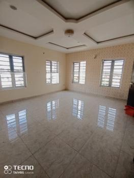 an Executive Masters Bedroom in a Duplex to Share Kitchen, Chevy View Estate, Chevron Drive, Lekki, Lagos, Flat / Apartment for Rent