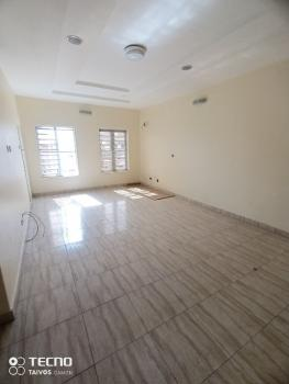 Luxurious Room Shared Apartment in a Duplex, Chevy View Estate, Chevron, Lekki, Lagos, Flat / Apartment for Rent