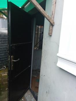 1 Room Boys Quarter, Oniru, Victoria Island (vi), Lagos, Self Contained (single Rooms) for Rent