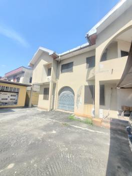 a 7 Bedroom House with 2 Bq, Akande Street, Lekki Phase 1, Lekki, Lagos, Detached Duplex for Rent