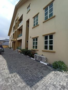 Nicely Built Three Bedroom Flat, Lekki Right, Lekki Phase 1, Lekki, Lagos, Flat / Apartment for Rent