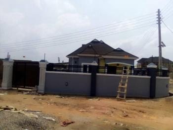 4 Bedroom Bungalow, Arapaja Off Akala Express, Ibadan, Oyo, Detached Bungalow for Sale