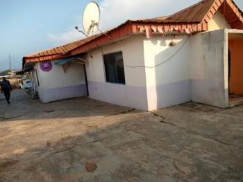 28 Rooms  Standard Hotel with Executive Bar and Kitchen, Facing Akala Express New Garage Ibadan, Ibadan, Oyo, Hotel / Guest House for Sale