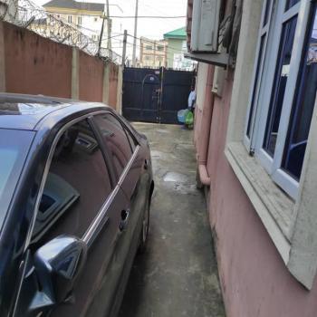 a Fair Mini Flat Available, Apata, Shomolu, Lagos, Mini Flat for Rent