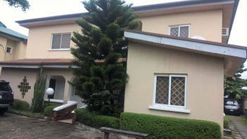 Detached duplex for rent