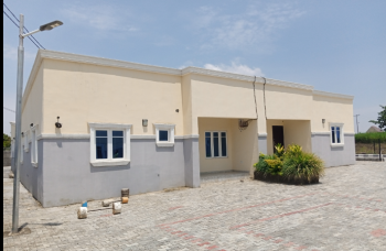3 Bedroom Semi Detached Bungalow, Airport Road, Close to Jedo Estate, Sabon Lugbe, Lugbe District, Abuja, Semi-detached Bungalow for Sale