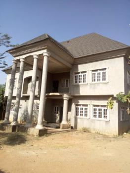 4 Bedrooms Detached Duplex with 3 Bedrooms Guest Chalet and 2 Bq, Sabo Tasha Gra, Chikun, Kaduna, Detached Duplex for Sale