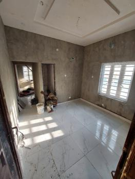 Tasteful Built 1 Bedroom Apartment with Water-heater, Alagomeji, Yaba, Lagos, Mini Flat for Rent