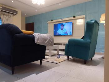 Luxurious, Executive 2 Bedroom Apartment, Freedom Way, Lekki Phase 1, Lekki, Lagos, Flat / Apartment Short Let