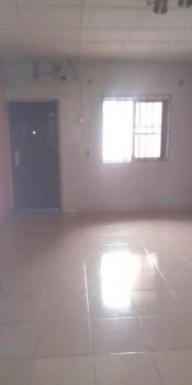 2 Bedroom Flat, Off Shomolu Street at Dolphin Estate, Lagos Island, Lagos, House for Sale