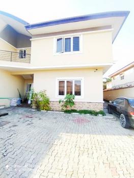 Spacious 3 Bedroom Flat, Lekki Phase 1, Lekki, Lagos, Flat / Apartment for Rent