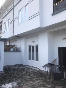 Distress  4bedroom Semi Detached Duplex at Thomas Estate Ajah, Thomas Estate Ajah, Ajah, Lagos, Semi-detached Duplex for Sale