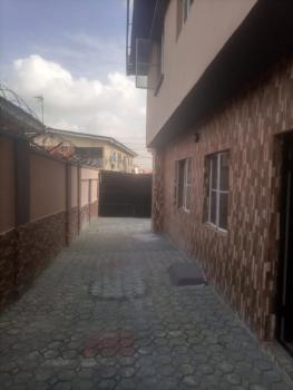 a Lovely and Nice Newly Renovated 2bedroom Flat in Mende Maryland Ikej, Mende, Maryland, Lagos, Flat / Apartment for Rent
