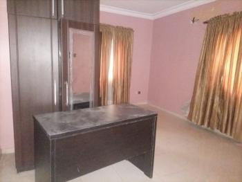 Spacious Shared Apartment, Chevron Drive, Lekki, Lagos, Flat / Apartment for Rent