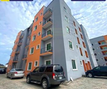 Lovely Fully Serviced 3 Bedroom Flat (upstairs ), 4th Round, Ikate Elegushi, Lekki, Lagos, Flat / Apartment for Rent