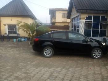 3 Bedroom Bungalow, All En-suite & Furnished., Igando, Alimosho, Lagos, Detached Bungalow for Sale