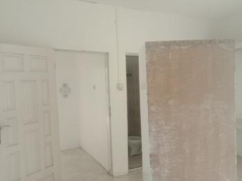 Newly Renovated 2 Bedroom Flat, Southern View By Second Tollgate Opposite Chevron, Lekki Phase 2, Lekki, Lagos, Flat / Apartment for Rent