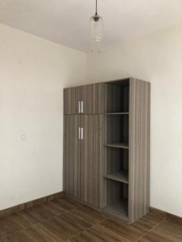 Well Maintained 2 Bedroom Flat, Ikate, Ikate, Lekki, Lagos, Flat / Apartment for Rent
