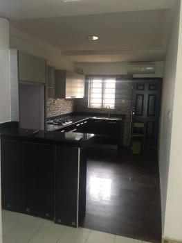 Clean 2 Bedroom Apartment, Dideolu Estate, Victoria Island (vi), Lagos, Flat / Apartment for Rent