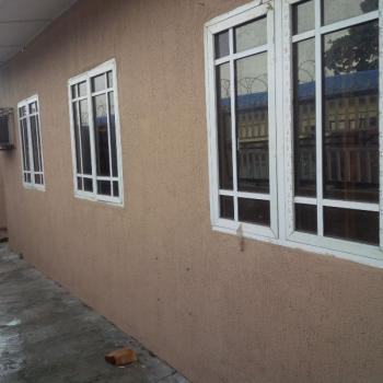 Hot 3 Bedroom Flat, Off Akerele Street, Surulere, Lagos, Flat for Rent