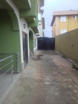 Clean 3bedroom Flat To Let @ Ogudu Ori Oke, GRA, Ogudu, Lagos, 3 bedroom, 3 toilets, 2 baths Flat / Apartment for Rent