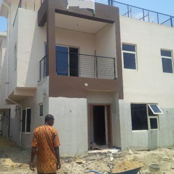 Massive Property Onlarge Ground, Lekki Phase 1, Lekki, Lagos, Detached Duplex for Sale