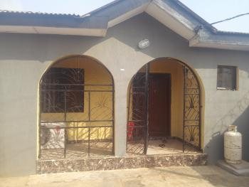 3 Bedroom, Agric Road, Igando, Ikotun, Lagos, Semi-detached Bungalow for Sale